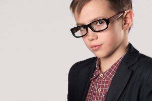 Kid wearing eyeglasses
